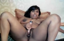 Indian webcam girl uses her toys
