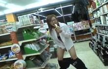 Miruku Matsusaka gets naughty in public