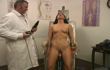 New sex toy tested on a hot chick