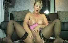 German MILF plays with favorite toy