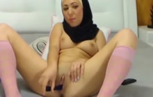 Horny Arab babe toying her pussy